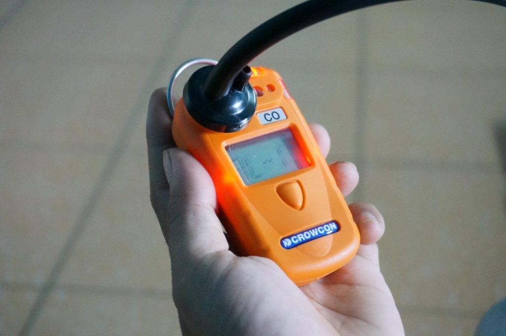 Lắp ống test cho máy đo đơn khí Gasman