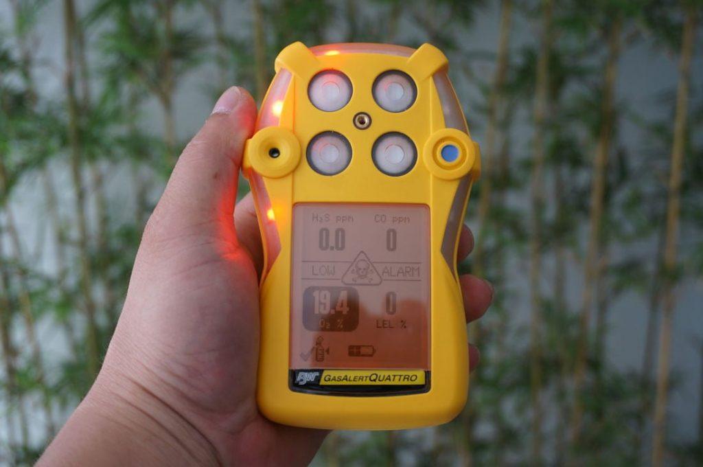 Màn hình báo động trên máy GasAlertQuattro