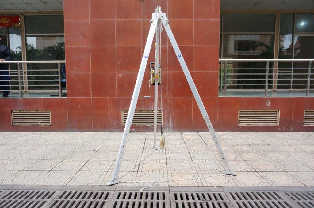 DBI Sala 830031 3-Legged Rescue Price Assembly