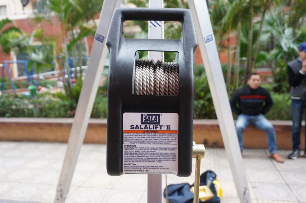 DBI Sala 830031 3-legged Rescue Win win winer
